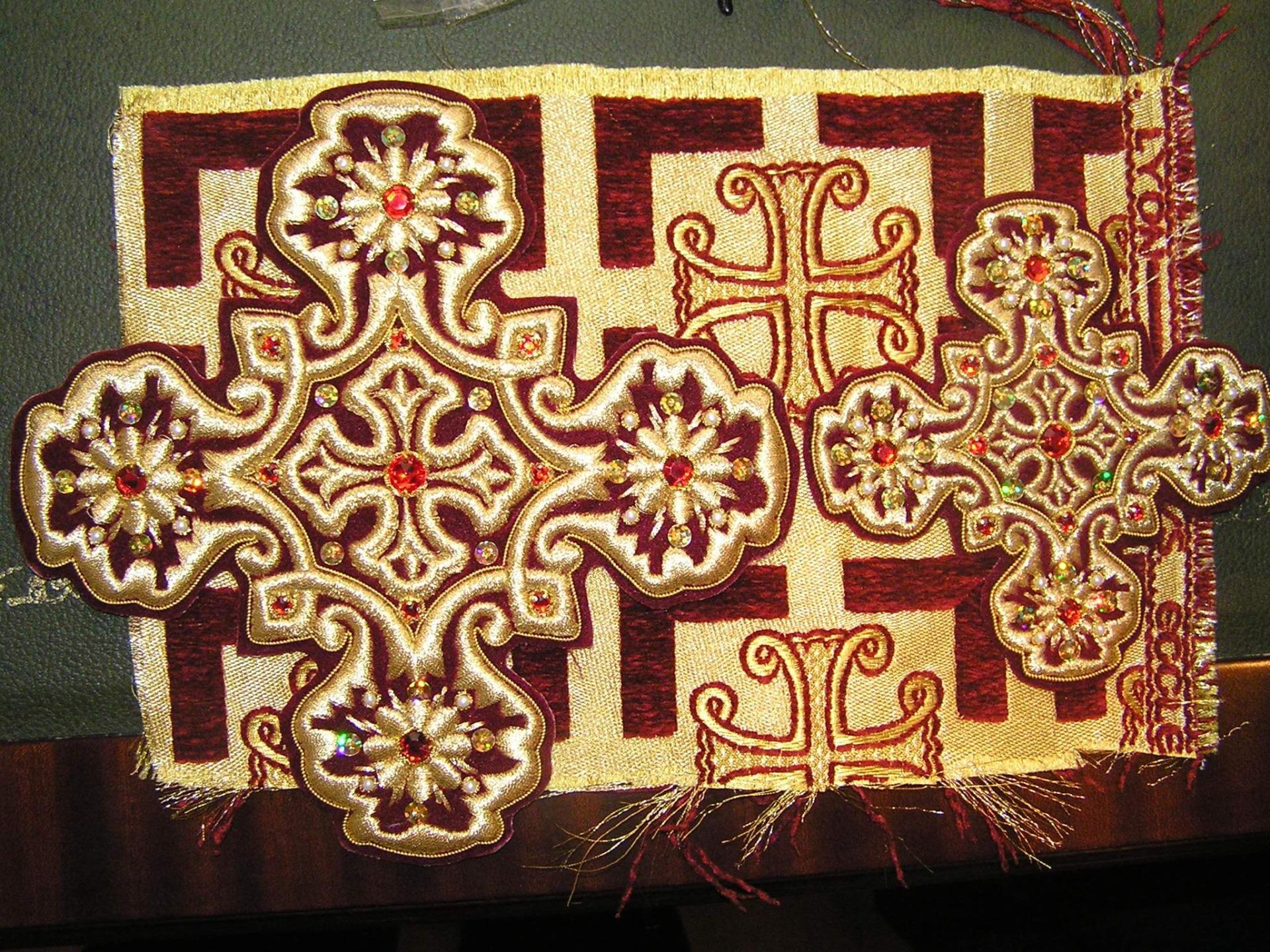 Орнамент в церковной вышивке 77